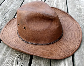 eaa8275ba4ee2 Brown outback hat