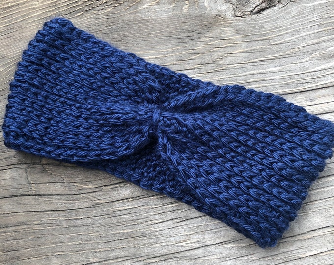 Ribbed Cinched Ear Warmer: Navy | Crochet ear warmer, crochet headband, winter ear warmer, winter headband