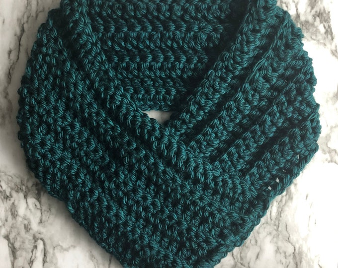 THE QUEEN COWL: Dark Teal | Cowl, scarf, winter cowl, winter scarf, crochet cowl, crochet scarf