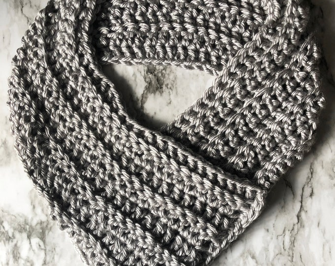 THE QUEEN COWL: Silver | Cowl, scarf, crochet cowl, crochet scarf, winter cowl, winter scarf