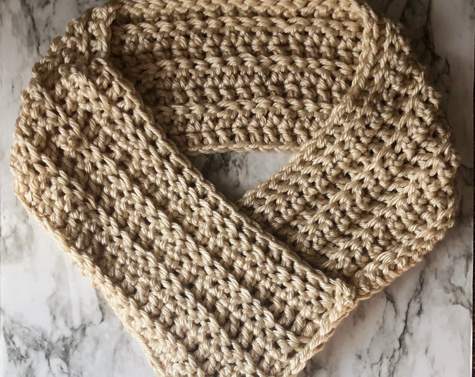 THE QUEEN COWL: Cream | Cowl, scarf, crochet cowl, crochet scarf, winter cowl, winter scarf