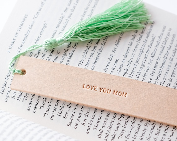 Mother days Gift Idea, Love you Mom, Personalize Leather Bookmark, Gift for Book Worm, Gift for Mom, Gift for Mother, Bookmark Tassel