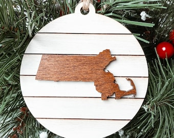 Massachusetts State Map Christmas Ornament, Massachusetts Christmas Gift, Farmhouse Rustic Christmas Decoration, Hometown Pride Ornament.