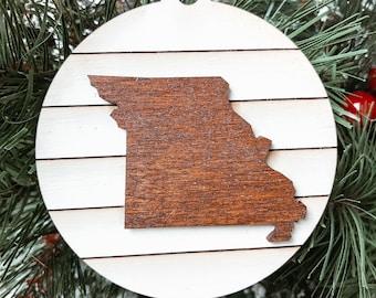 Missouri Map Christmas Ornament, Missouri Christmas Gift,Missouri Gift Farmhouse Rustic Christmas Decoration, Hometown Pride Ornament.