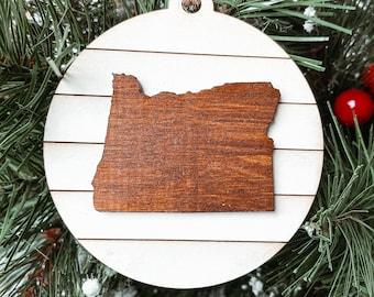 Oregon Map Christmas Ornament, Oregon Gift, Hometown Pride Gift, Oregon Farmhouse Christmas Decoration, Hometown Pride Ornament