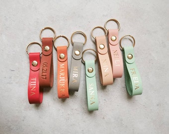 Fathers Day Gift Idea, Custom Name Leather Keychain, Gold Foil Initial Leather Keyring, Gift for Mom, Gift for Employee, Holiday Gift Idea