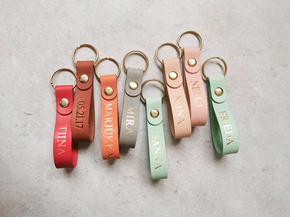Holiday Gift Idea, Custom Leather Keychain, Christmas Gift for Mom, Gift for Employee, Stocking Filler Idea