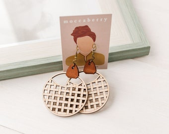 Chevron Wood Earring, Nature Color Earrings, Wood and Leather Dangle Earrings, Basket Weave Leather Wood Earring, Boho Circle Earrings