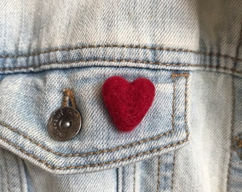 Heart pin cushion ring Valentine/'s Day Heart Brooch Felt Heart Jewelry Sewing needle ring Valentines felted gift