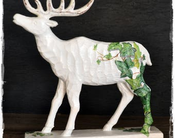 white deer, deer with ivy, wooden deer, shabby chic, handcolored, unique, ivy, proud stag, carved deer