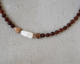 necklace with garnet and freshwater pearl