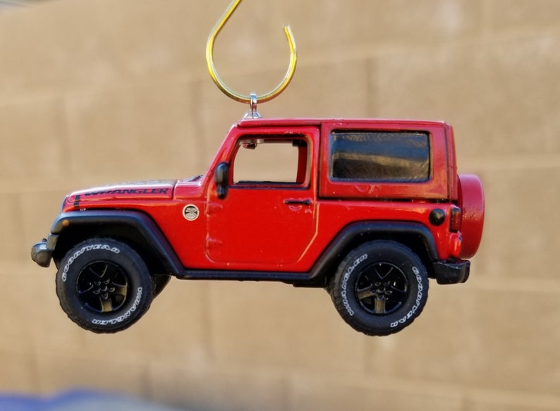 Jeep Christmas Ornament.Christmas Ornament 2016 Jeep Wrangler Black Bear Greenlight Rear View Mirror Charm Jeep Die Cast 4x4 Off Road Jeep Accessories Trail