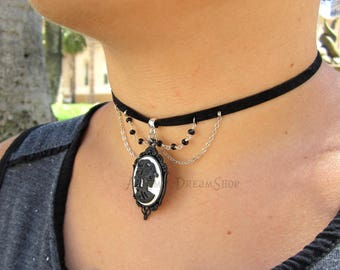 Skeletal Lady collar with black checkers white background