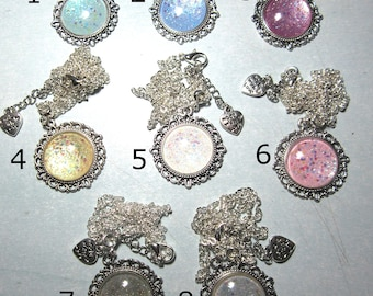Necklaces with cameo color pastel!