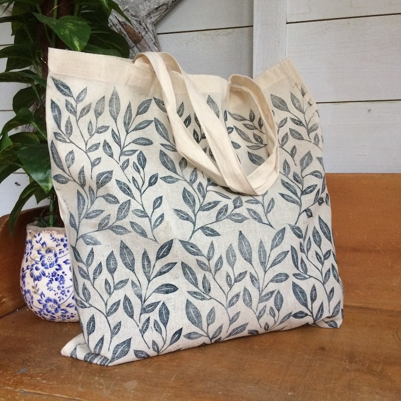 d9f2387e8f5 Botanical print tote bag   bags & purses   totes   eco friendly   gifts for  students   repeat print tote   cotton shopper bag   gift bag