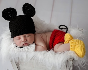 55d077dcdb4c43 Mickey Mouse outfit, newborn photo prop, baby boy clothes, coming home  outfit, newborn boy hat/Booties /Disney /hospital hat/Crochet hats
