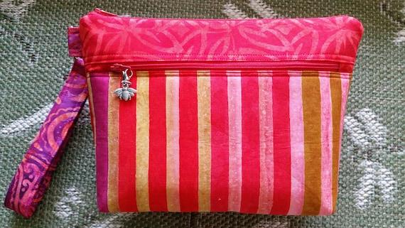 Grab-n-Go Bag – Wrist Bag – Fabric Bag – Cosmetic Bag – Multipurpose Bag – Ladies Gift