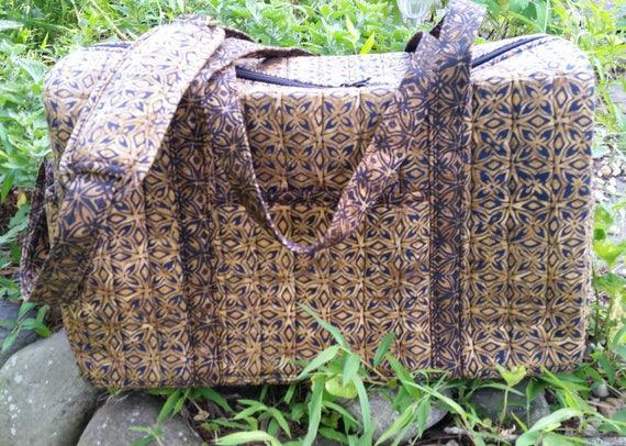 Weekender Duffle Bag - Travel Bag - Duffle Bag - Fabric Sports Bag - Colorful Batik Bag - Multipurpose Bag - Ladies Gift