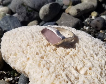 Sterling silver purple seaglass ring