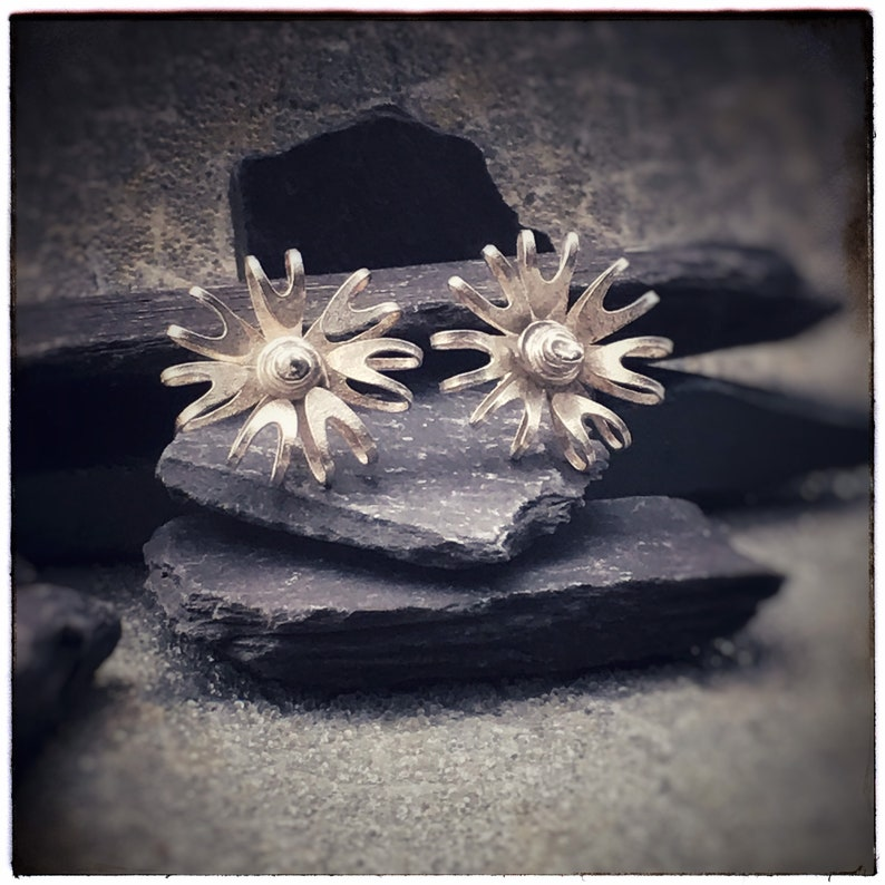 Bloom sterling silver flower stud earrings with 7 textured image 0