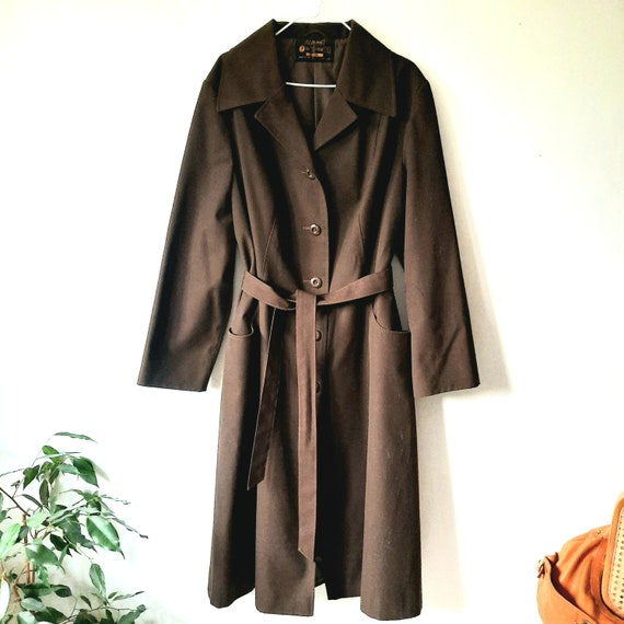 70s Vintage Classic Trench Coat / Rain Mac, Belted