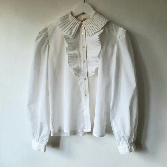 Pleated Statement Collar White Cotton Blouse | 70s