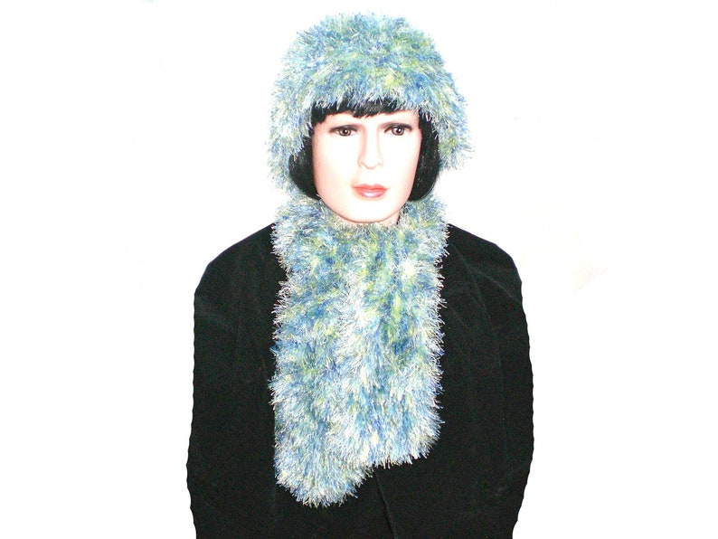 1a041aa550d Green and Blue Ladies Winter Scarf and Hat Set