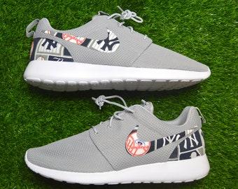 New York Yankees Custom Nike Roshe Run One Shoes Sneaker feefa2f6c3