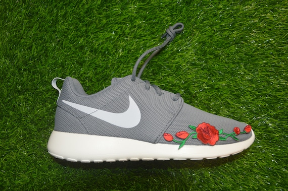 Custom Rose Nike One Run Embroidered Shoes Roshe On Iron Sneakers IwrTqAI6