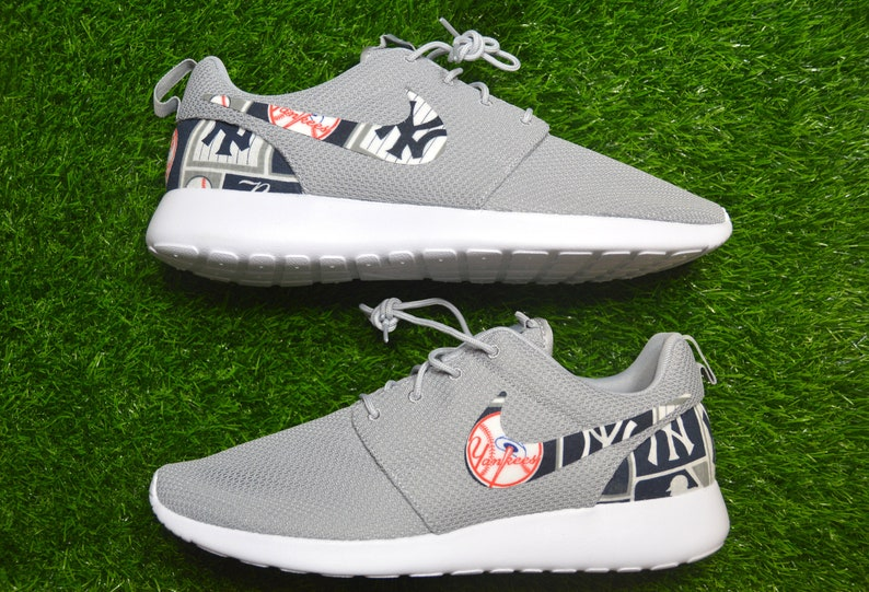 8f1e8d9aa88f New York Yankees Custom Nike Roshe Run One Shoes Sneaker