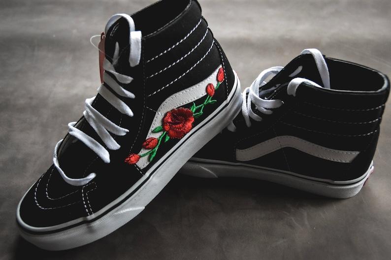 Custom Vans Sk8-Hi Black/White Rose