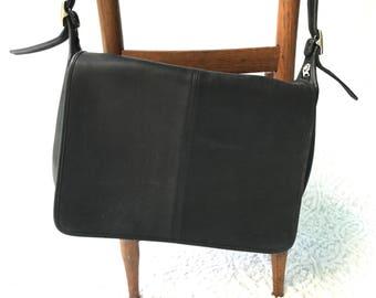 1818c56672 Vintage Coach Shoulder Bag