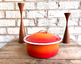 Vintage Red and Orange Enamel Pot | Rustic Red Enamel Casserole Dish | Red Two Toned Metal Enamel Pot | Chipped Enamel | Country Decor
