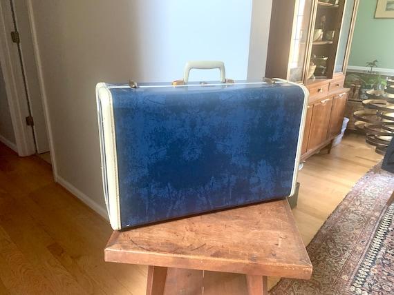 Samsonite Blue Hardshell Suitcase   50's Retro Lug