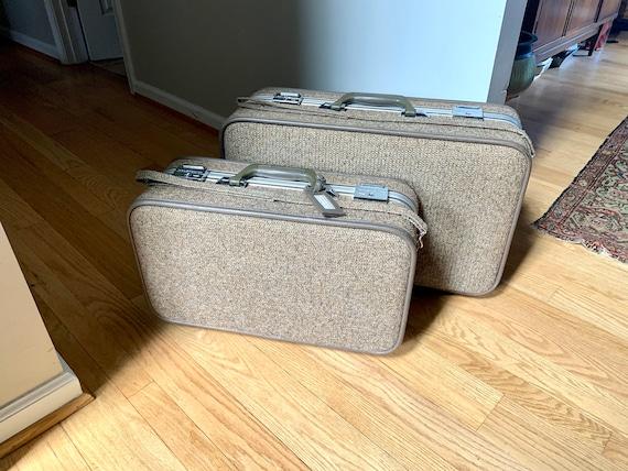 Set of Halston III Tweed Suitcases | Rolling Twee… - image 2