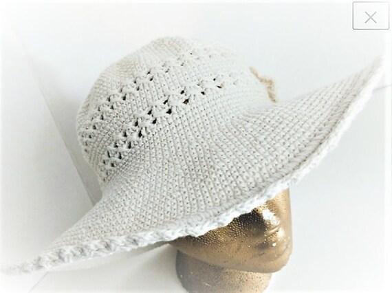 Summer Bucket Hat Wide Brim Crocheted Vintage - image 3