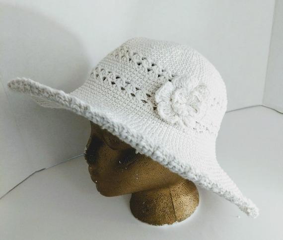 Summer Bucket Hat Wide Brim Crocheted Vintage - image 5
