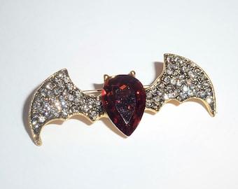 bat pin halloween gift halloween jewelry autumn brooch Cute bat brooch hand embroidered halloween brooch universal gift