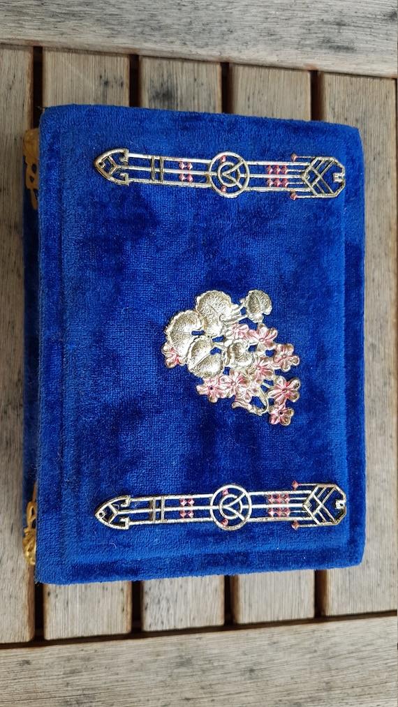 Antique Victorian Velvet Jewelry Box - image 6