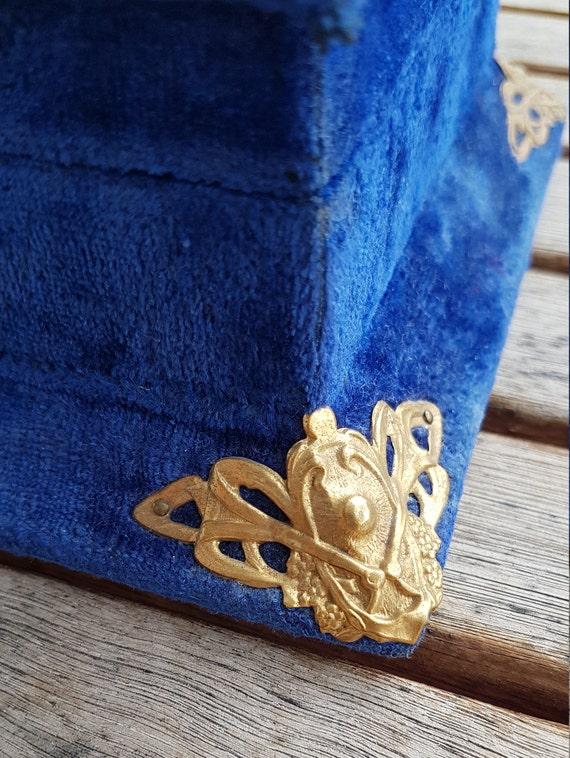 Antique Victorian Velvet Jewelry Box - image 5
