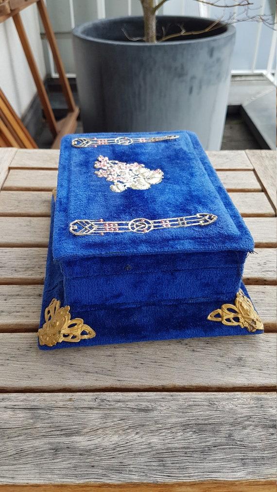 Antique Victorian Velvet Jewelry Box - image 4