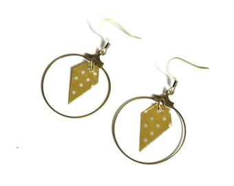 Boucles d'oreilles, créoles laiton bronze, papier doré motif pois blancs, forme diamant-