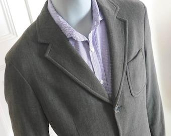 42ef5d0ad Vintage Hugo Boss Blazer, Neutral Clay-Gray Brown Wool-Blend Jacket,  Three-Button Blazer, Herringbone Sports Coat: Size XL (42 US/UK)