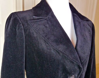 Black Velvet Jacket,  Norwegian Vintage Velvet Blazer, 1970s Super-Wide Collars Cotton Velvet Jacket: Size 10 (US), Size 14 (UK),