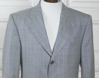 af8476fb1 Hugo Boss Blazer, European Vintage Lightweight Wool Blue and Pale Yellow  Tartan Plaid Jacket: Size Medium (38 US/UK)