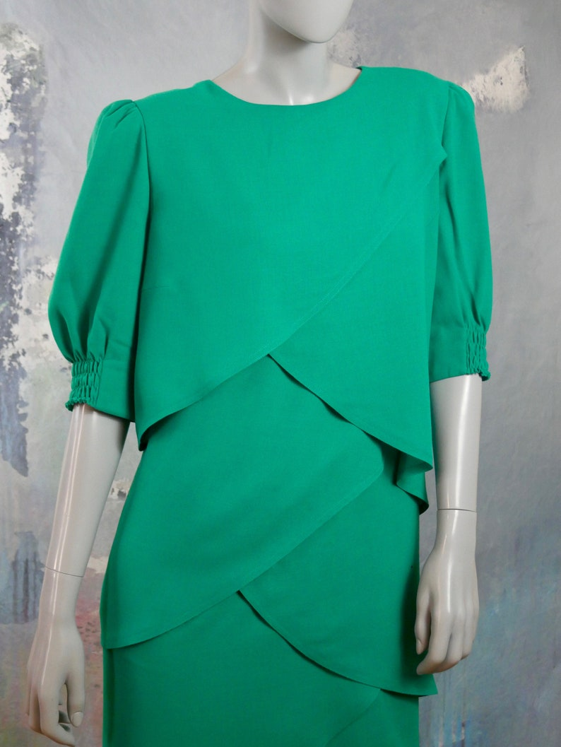 18 UK 1980s German Vintage Green Layered Dress Size 14 US