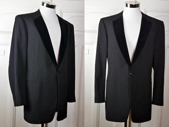 Size 46 USUK Cropped Blazer Black w Navy Blue Stripes Lightweight Wool Blend European Vintage Double-Breasted Short Tuxedo Jacket