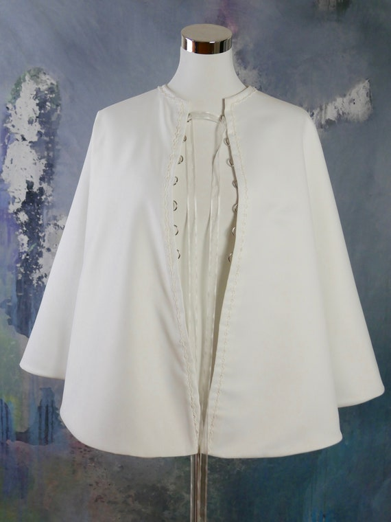1416 UK White Satin Cape Size 1012 US Swedish Vintage Winter Wedding Capelet with Ribbon Front Tie