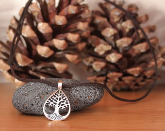 Leather Necklace, Canary Island Tree Symbol, Tree of Life, Root Necklace Pendant Tree and Heart Symbol, Heart Necklace, Bohemian Necklace,