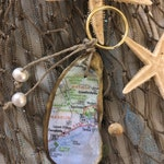"""Custom """"Favorite Places"""" Oyster Shell Keychain"""